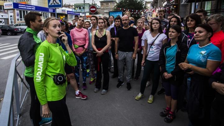 Толпа устроила 6-километровую погоню за гидом по центру Новосибирска