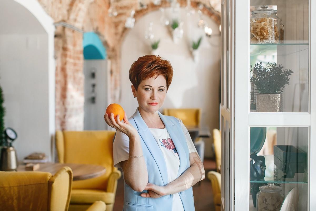 Диетолог Татьяна Селезнева предлагает оставить только яблоки и только гречку на разгрузочные дни, а в остальные — питаться разнообразно