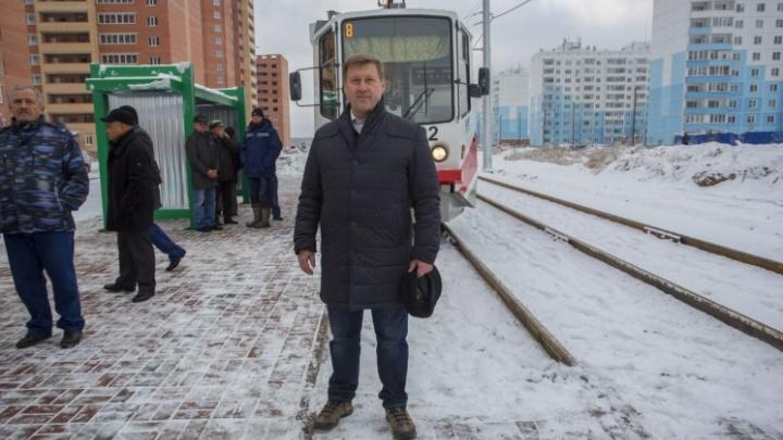 «Есть ряд замечаний по уборке»: мэр нашёл залежи снега в центре Новосибирска