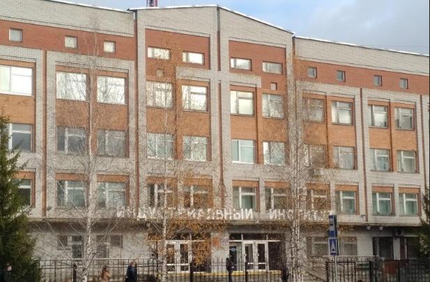 В Тобольске осудили доцента вуза. Он поставил зачет за бутылку коньяка