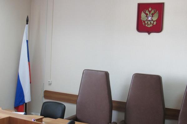 Зауралец слил бензин на семь тысяч рублей