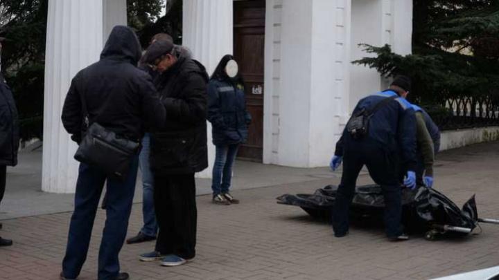 В Севастополе спасатели выловили из моря тело утонувшего 40-летнего тюменца