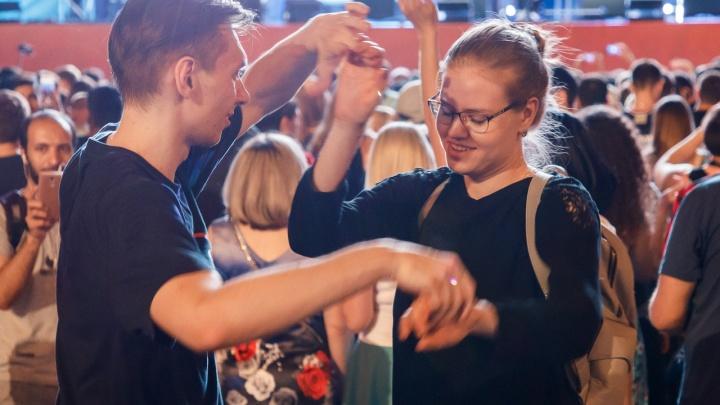 Волгоградцев 25 августа зовут перетанцевать другие города России