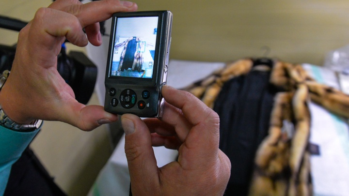 Екатеринбурженка отсудила у мехового магазина 324 тысячи за то, что ее норковая шуба позеленела