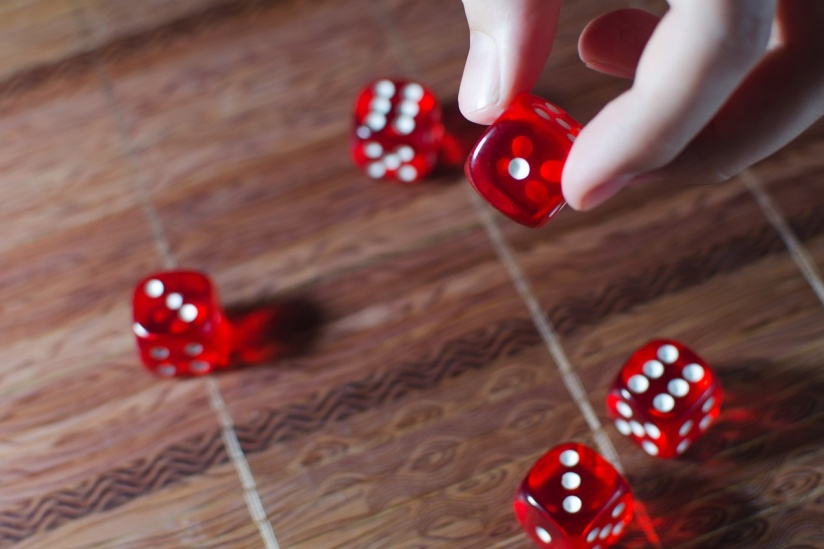 Азов сити казино владелец три туза слот автоматы