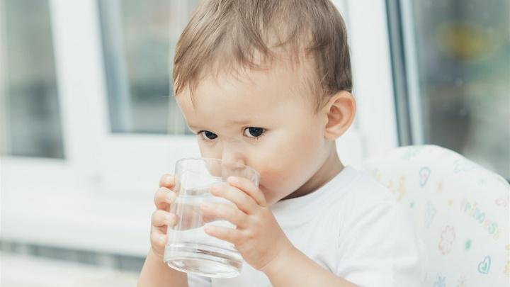 Нашли альтернативу: самарцы отказываются от питья водопроводной воды