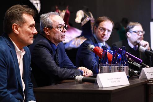 Владимир Мединский и Евгений Марчелли видят выгоду в объединении театров