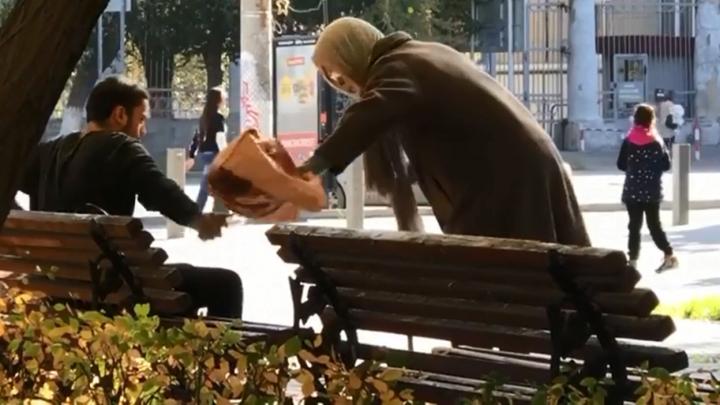 «У меня есть настоящий череп — поменяемся?»: пранкеры Армян и Игорян сняли новое скандальное видео
