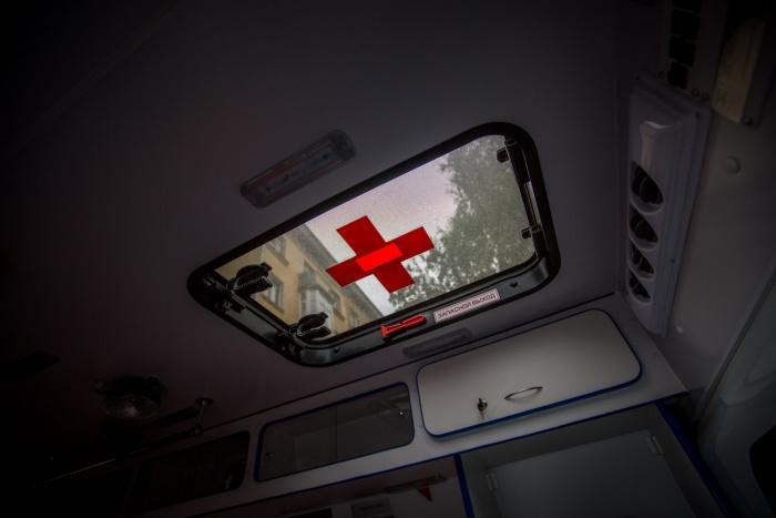 Сбитой девушке понадобилась помощь врачей