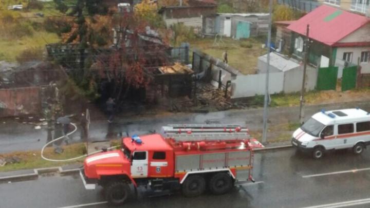 В утреннем пожаре на Самарцева погиб мужчина