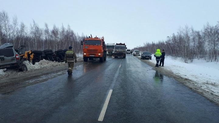 «КИА» вытолкнула «Шевроле» на встречку под колеса КАМАЗа на трассе в Самарской области