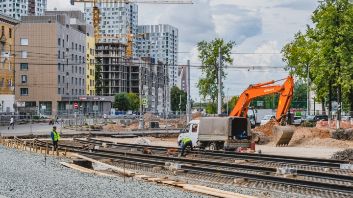 Власти Перми рассказали, когда полностью откроют движение транспорта по Компросу