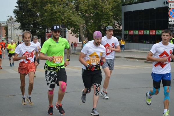 В этом году, как и в прошлом, в марафоне примут участие спортсмены разных возрастов