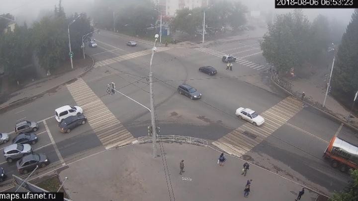 В Уфе «Ауди» насмерть сбила пешехода: тело погибшего залетело в салон иномарки