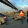 Перевернувшийся прицеп спровоцировал огромную пробку на выезде из Ленинского района