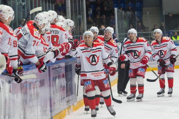 После этой победы «Автомобилист» вернул себе лидерство в КХЛ