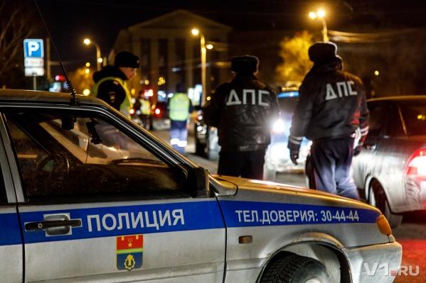 Полицейский с тяжелыми травмами попал в больницу