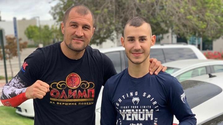 «Остановить должны были раньше»: Сергей Ковалёв простился с боксёром, умершим после боя в США