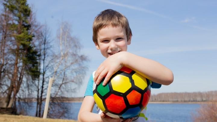 Дети на природе: как обустроить игровую площадку для маленьких непосед
