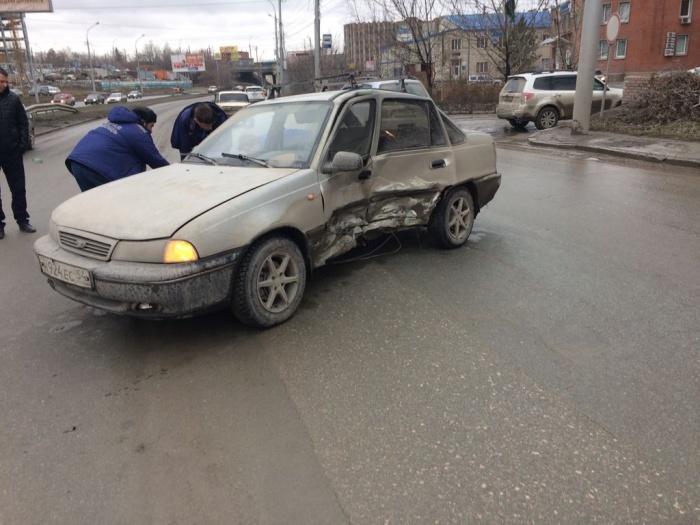 Авария произошла около 13:30