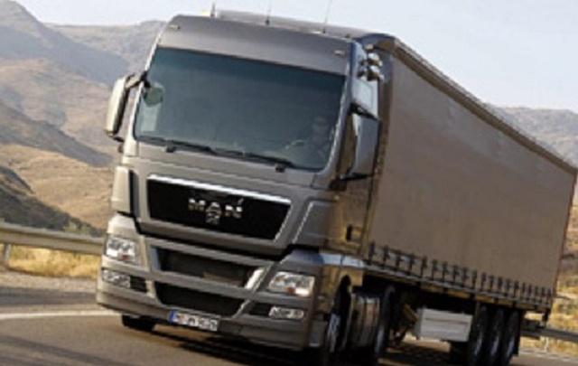 В Кургане временно ограничили движение большегрузов свыше пяти тонн