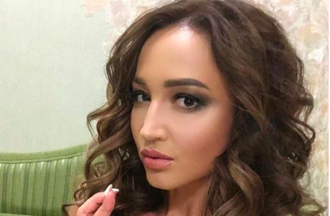 Ольга Бузова в Дзержинске «отдала всю себя», потеряла голос, а фанаты всё равно обиделись