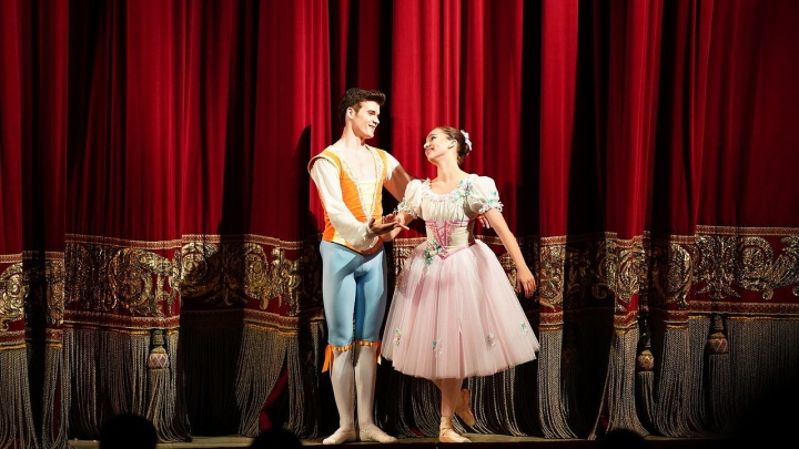 О пуантах, париках и диете. Пять фактов о новом балете «Тщетная предосторожность» в пермском Оперном