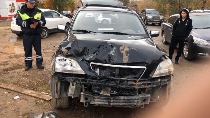 «Вылетела на парковку»: активисты «Ночного патруля» помогли поймать пьяную даму за рулем