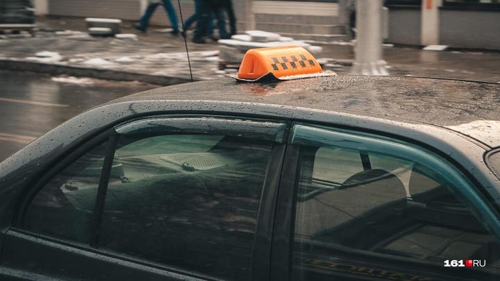 В Ростове вынесли приговор мужчине, год назад зарезавшему таксиста