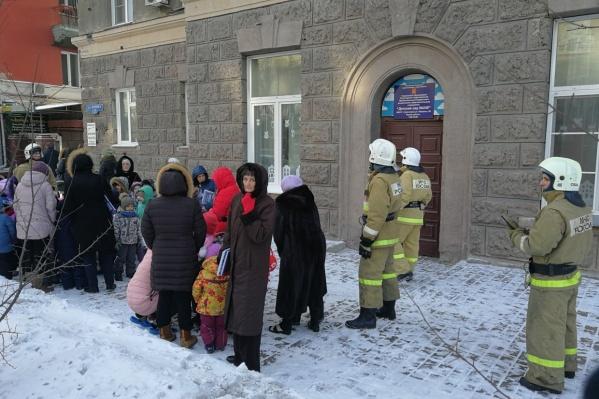 Прошлые массовые эвакуации пришлись на лютые морозы