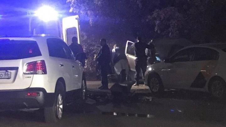 Два человека пострадали в столкновении трёх иномарок на Толмачевском шоссе