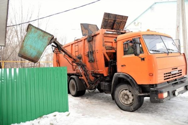 """Вывоз одного кубометра мусора в Самаре&nbsp;<a href=""""https://63.ru/text/house/65717551"""" class=""""io-leave-page _"""" target=""""_blank"""">оценили</a> в 598 рублей и 16 копеек"""