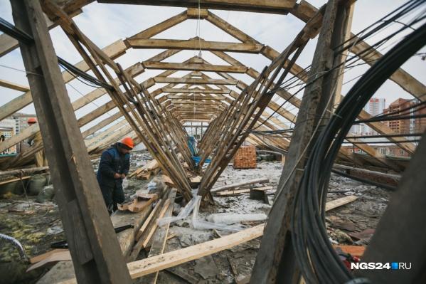 Деньги красноярцев предлагают использовать на ремонт домов в других районах