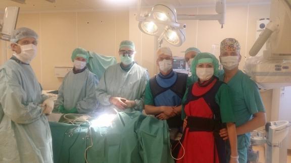 Хирурги кардиоцентра Красноярска сделали сложнейшую операцию насердце новорожденной девушки