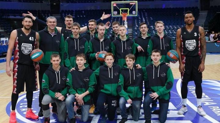 Незабываемый опыт: молодежная команда «Калий-Баскет» побывала на Матче всех звёзд