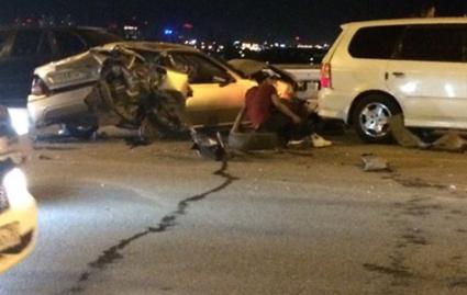 Несколько машин столкнулись на Димитровском мосту: есть погибшие