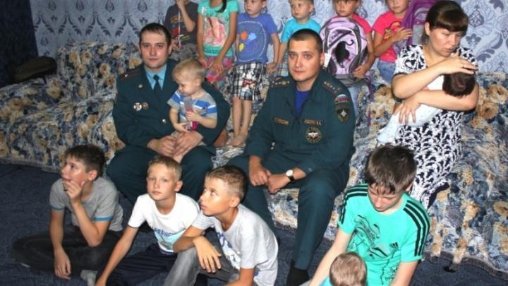 Супругов с 14 детьми назвали «Семьей года» в крае