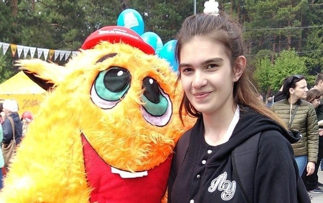 «С собой рюкзак с рисунком лошади»: в Новосибирске пропала 15-летняя девочка, нуждающаяся в медпомощи