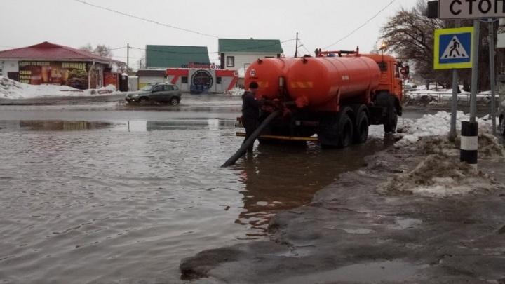 Службы благоустройства выделили дополнительные бойлеры для откачки воды с улиц Зубчаниновки
