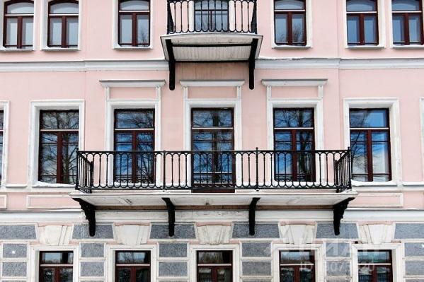 Одна из самых дорогих квартир в ЦФО продаётся на Волжской набережной в Ярославле