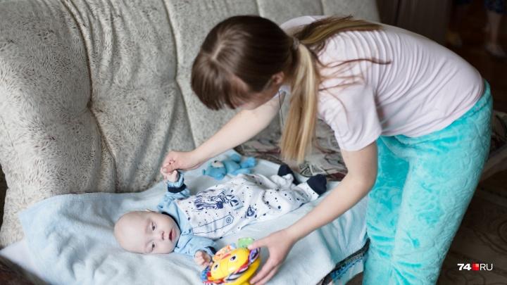 «Был крохотный и весь в трубочках»: хирурги скроили новый кишечник новорожденному челябинцу