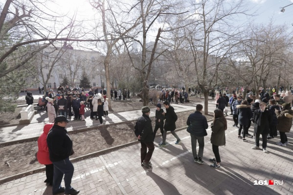 Волна эвакуаций началась со школ центра города
