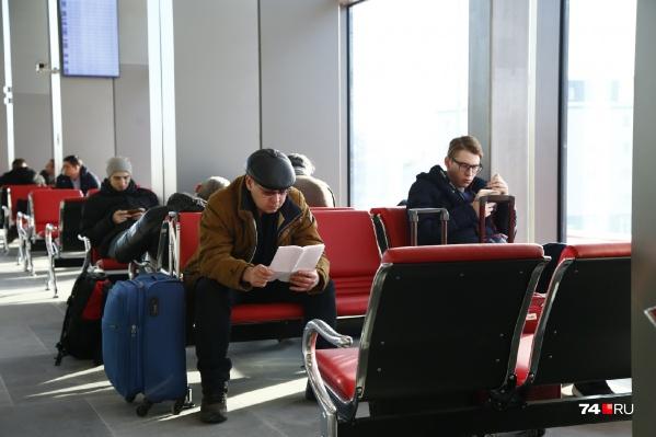Всего из-за технических проблем повременить в аэропорту пришлось пассажирам 10 самолётов