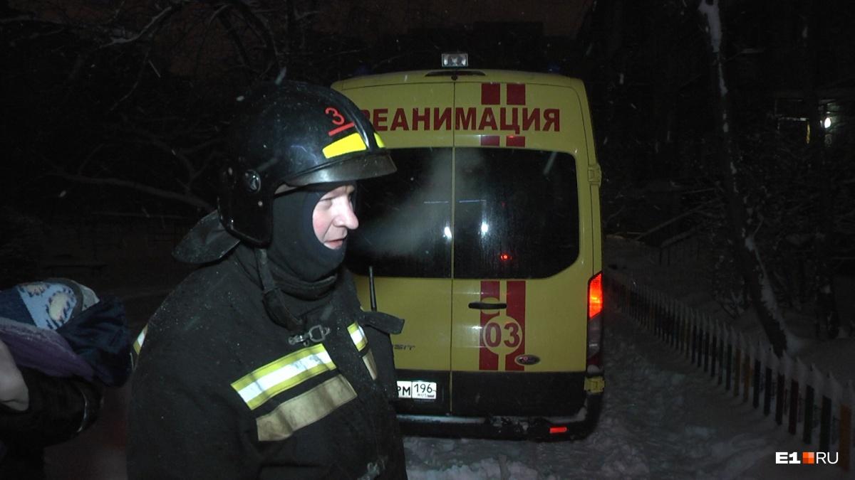 Пострадавшему мужчине на месте оказали первую помощь