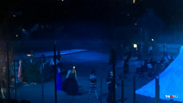 Власти отреагировали на скандал вокруг новогоднего шоу в ледовой арене «Трактор» в Челябинске
