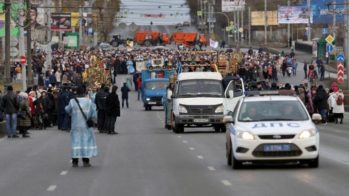 В выходные в Челябинске перекроют дороги из-за крестного хода
