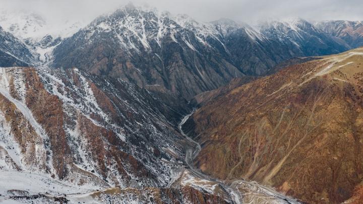 «Киргизия — страна, куда я точно ещё раз вернусь». Фотограф из Новосибирска сделал удивительные кадры заснеженных гор