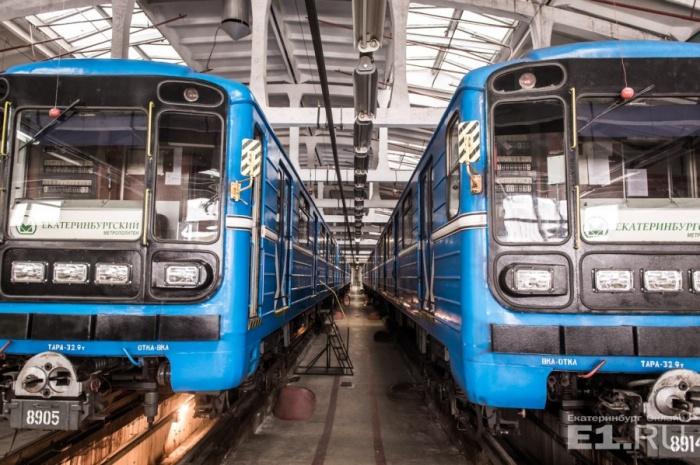 Из 54 вагонов в этом году обновят только 12