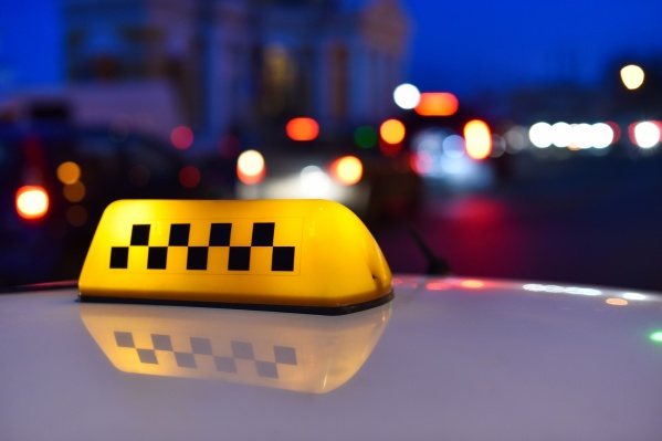 Перед выходом на работу таксистов обяжут проходить удаленный медосмотр