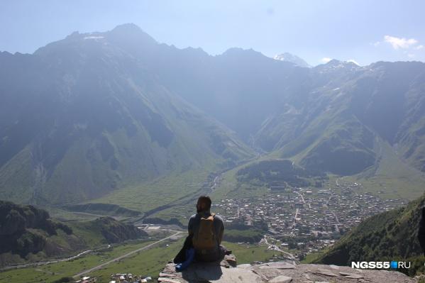 Горы Грузии, окружающие Казбеги